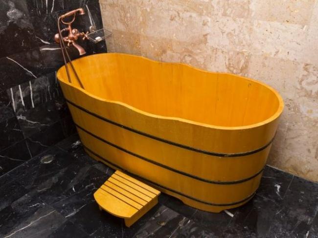 20ofthe most luxurious bath tubs