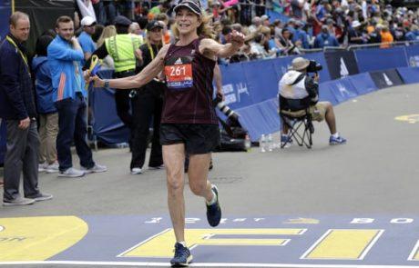 האישה הראשונה שרצה רשמית את מרתון בוסטון עושה זאת שוב – 50 שנה מאוחר יותר