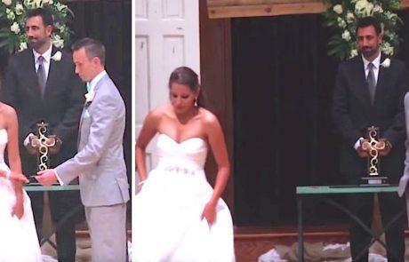 הכלה עזבה את החופה במהלך טקס הנישואים – אבל תסתכלו טוב על הידיים שלה